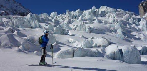 Descente de la Vallée Blanche à skis avec un guide privé