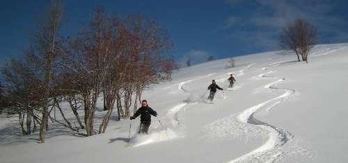 Ski hors-piste : formation découverte perfectionnement avec un guide privé