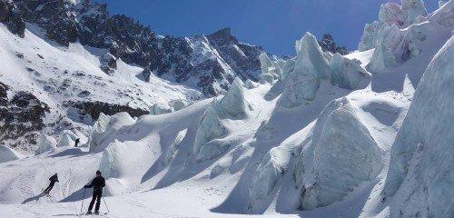 Descente de la Vallée Blanche à skis en groupe, formule évasion